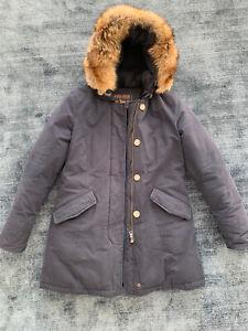 Langer Woolrich Arctic Parka (Koyote Pelz) - Damen