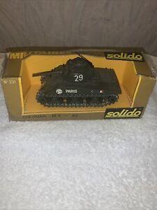 Solido Sherman M4-A3 Diecast No231 Paris New Boxed