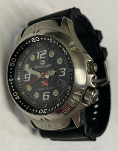 Men's Freestyle Hammerhead 200M Divers Watch 75401 New Battery