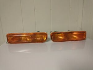Jeep Cherokee XJ 97-01 Front Turn Signal Marker Lights Lens Parking Amber Pair