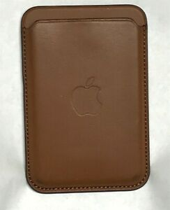 Apple - iPhone Leather Wallet with MagSafe - Saddle Brown