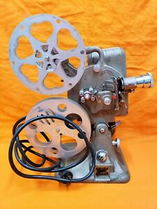 Keystone 16 mm Model A-82 Projector USA