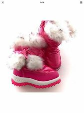 NWT toddler girl pink winter boots with furry pompom - size 7 infant