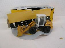Liebherr 507 Stereolader. 1:50. No 2883. Yellow / White