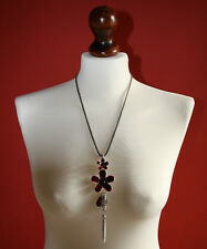 Enamel Flower with Fine Chain Mesh Necklace