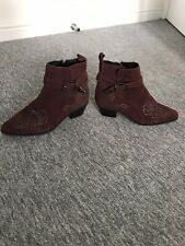 Burgundy Ankle Cowboy Studded Boots. - 5