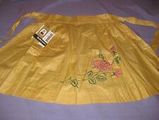 NOS Vintage cotton Springmaid  Apron finished Embroidery Sabrosa Everglaze
