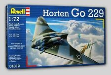 HORTEN Go229 WWII German Flying Wing - 1/72 Revell 70-pc Kit #4312