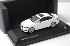 1:43 Minichamps BMW 2er F22 Coupe white DEALER NEW bei PREMIUM-MODELCARS