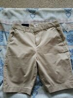 "Gap Bermuda Shorts khaki sz.4 mid-rise/stretch NWT 10"" Inseam"