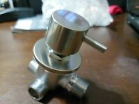 """WATER DIVERTER VALVE 3 WAY 1 IN 3 OUT AQUA VIEW BRUSHED NICKEL 1/2"""""""
