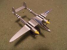 Built 1/72: American LOCKHEED P-38 LIGHTNING Fighter Aircraft