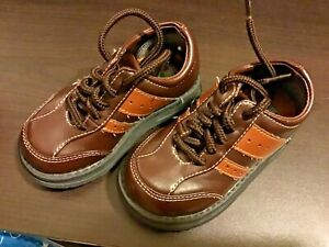 Toddler boy size 6 Carters brown dress shoes holiday church wedding