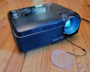 ViewSonic PJD6531w DLP Projector 3000 Lumens HD 1080p HDMI