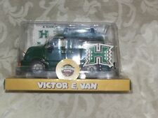 University of Hawaii Victor E. Van Chevron Cars Sports Edition New Free Shipping