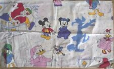 19 taies disney mickey,minnie,bambi etc..