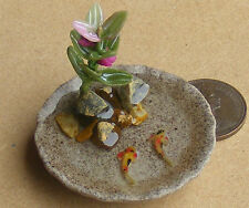 1;12 Small Round Pond With 2 Koi Carp Dolls House Miniature Garden Accessory