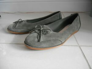 Clarks womens leather shoes 5.5