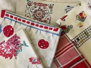 5 Vintage Red White & Blue Printed Tablecloths Startex Fruits FLORAL 2 Cutters
