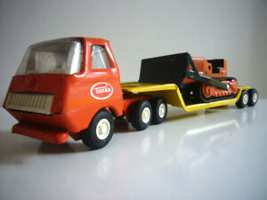 Tiny Tonka: Low-loader & Bulldozer set, excellent condition, made in Canada
