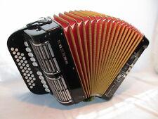 HOHNER Overture V       (C-F ), Koffer, Gurte,    diatonic accordion, acordeon