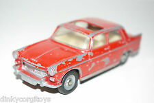 DINKY TOYS 536 PEUGEOT 404 BERLINE VACANCE RED EXCELLENT CONDITION