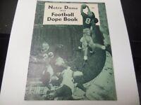 1957 NOTRE DAME IRISH NCAA FOOTBALL DOPE BOOK REVIEW MAGAZINE RARE