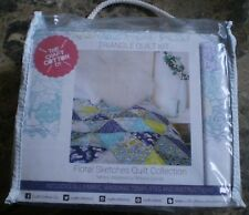 Triangle Quilt Kit - Floral Sketches Quilt Collection