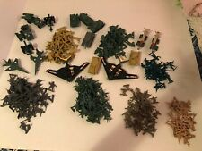 Large Lot of Assorted Plastic Toy Soldiers/Army/Military Men With Accessories