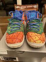 Kyrie 5 Sponge Bob Pineapple Sneakers. Boys Size 2.5