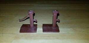 2 Vintage 1950s Plasticville O Scale Hand Water Pumps