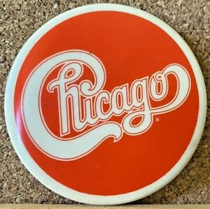 VINTAGE 1980s CHICAGO EASY LISTENING ROCK BAND TIN PINBACK BADGE PATRICKS EXC!