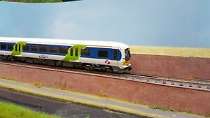 Bachmann Cl 166 DMU First Great Western Link livery