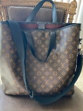 Louis Vuitton Davis bag]