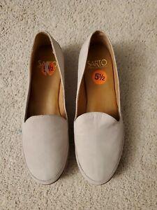New With Tags Womens Size 5.5M Sarto Franco Sarto Flats L@@K