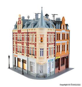 Kibri H0  38295 Stadthaus mit Figur und Beleuchtung  NEU/OVP