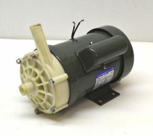 Iwaki MD-70RLZ Head:14.3/20.3m Motor Magnet Pump Capacity:40/43L/Min 220/240VAC
