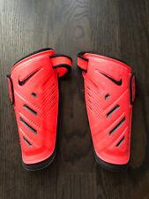 Nike Guard Lock Shin Guards Size L Fits 4'7�-4'11� Euc