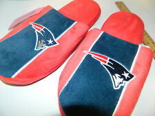 424bee3f95d7 2018 Mens Size LARGE NEW ENGLAND PATRIOTS football NFL TEAM SLIPPERS Xmas  Gift
