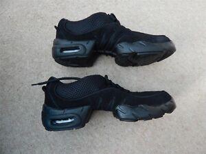 Bloch Boost Dance Sneaker black split sole dance sneakers size UK 7.5