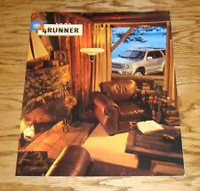 Original 2000 Toyota 4Runner Sales Brochure 00
