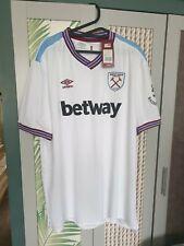 Mens Official Umbro FA Cup Final Wembley 1980 West Ham white T-shirt size 4XL