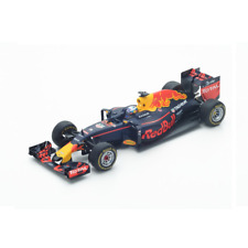 Spark Models 1/18 Red Bull Racing Tag Heuer RB12 n.3 Winner Malaysian GP 2016