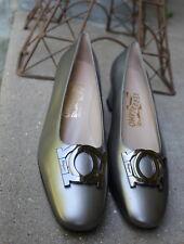 NEW Salvatore Ferragamo -Sz 8 B Elegant Abstract Gancini Silver Sleek Heels Pump