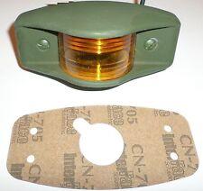 Side Clearance Light, 383 Green Housing , Amber Lens, 24V ; MS35423-1 12338610-1