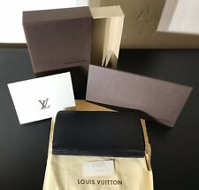 Louis Vuitton Epi Noir Zippy Wallet Model # M60072