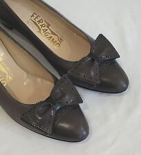 Vintage  Salvatore  Ferragamo Spectator Pumps Shoes Bows Two Tone Gray 6 1/2 AA