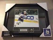 CONNOR McDAVID #97 Edmonton OILERS unsigned Frame 8x10 photo Cadre NHL SUPERSTAR