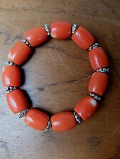 Exquisites Armband Koralle Replikat mit Silberperlen