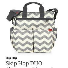 Skip Hop Duo Signature Diaper Bag Grey Chevron Stroller Strap Changing Pad